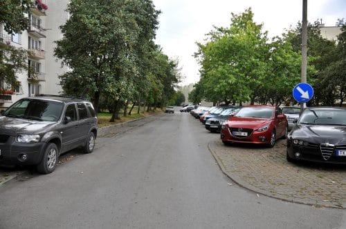 Verkehrsunfall - Haftung bei Abbiegen in eine Parkbucht