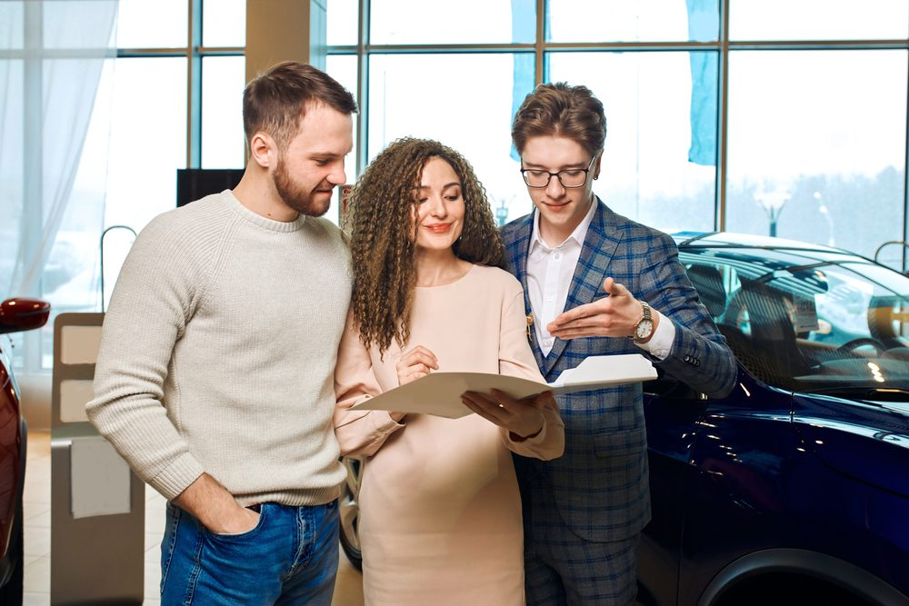 Fahrzeugkaufvertrag - Rücktritt verdeckter Unfallschaden